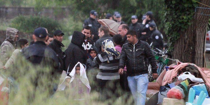 Partout en France, ici : Une soixantaine de personnes a été évacuée ce mardi matin rue des Quatre Castera, sur le site de l'ancienne usine agroalimentaire Sotria, à Bègles