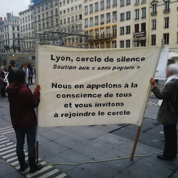 Lyon cercle de silence, place des Terreaux : mercredi 12 octobre, 18h30