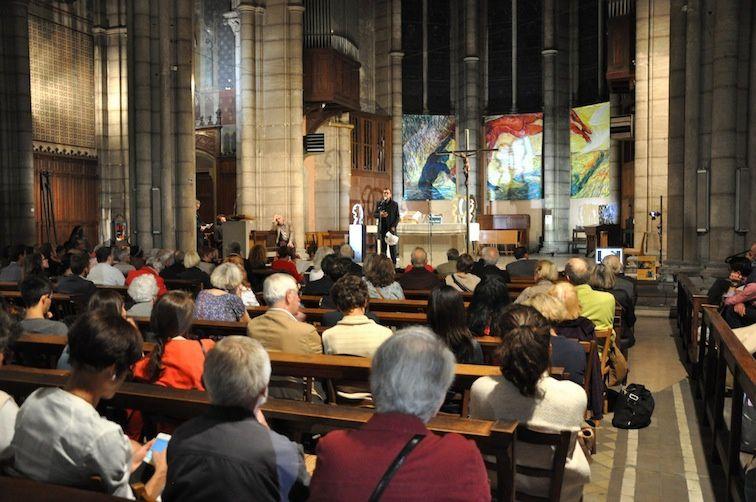 Mgr Emmanuel Gobilliard, Inauguration de la 11e biennal d'art sacré actuel - profond retournement, Lyon, église Saint-André, 29 septembre 2017