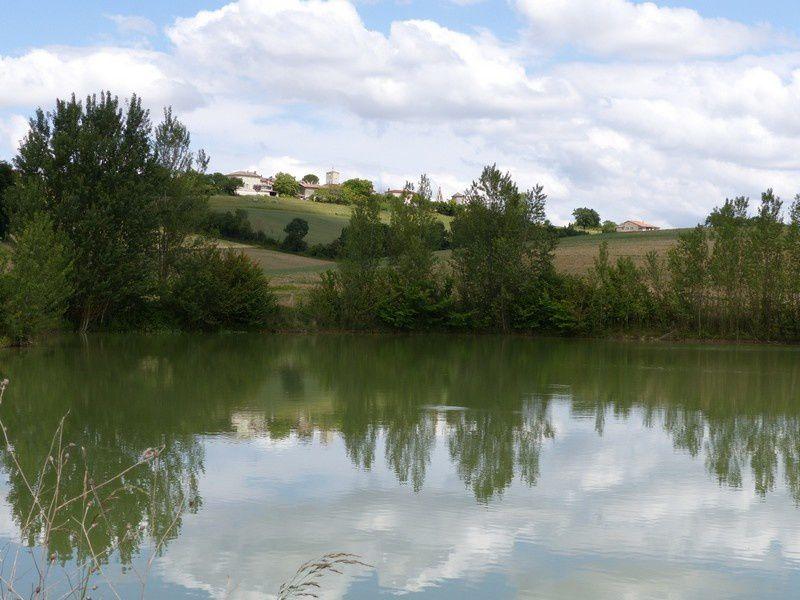 le lac de passage et retour à notre gîte de Gaudonville à la campagne