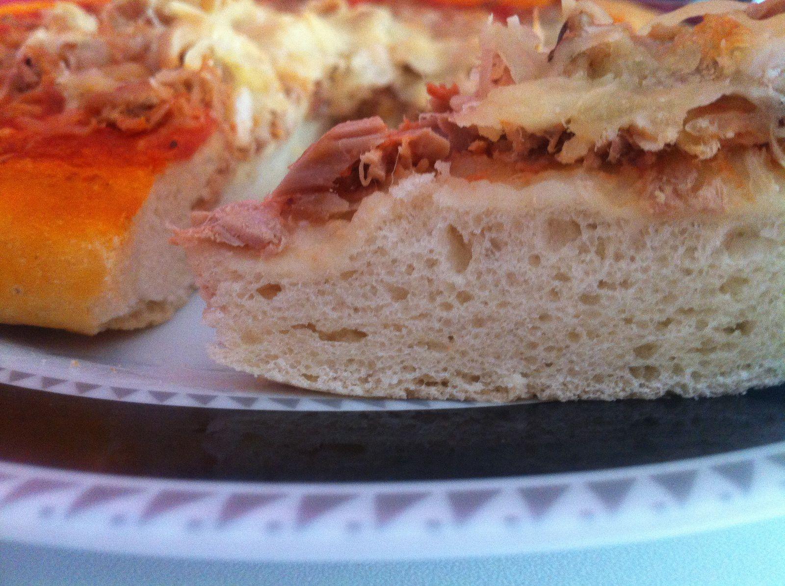 Pizza au thon &amp&#x3B; crème