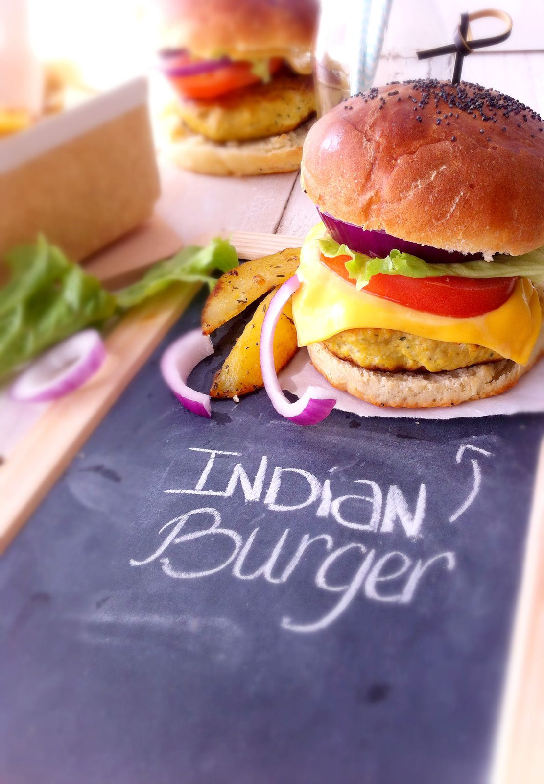 Burger à l'indienne et frites au four