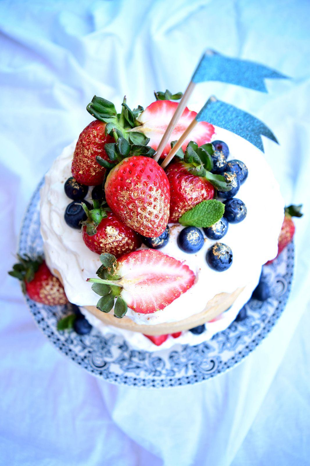 Strawberry blueberry &amp&#x3B; lemon cake