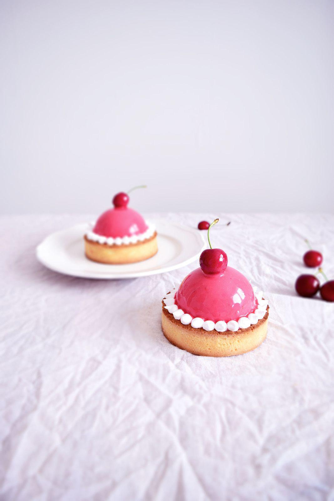 Tartelettes dôme, amande fruits rouges et vanille