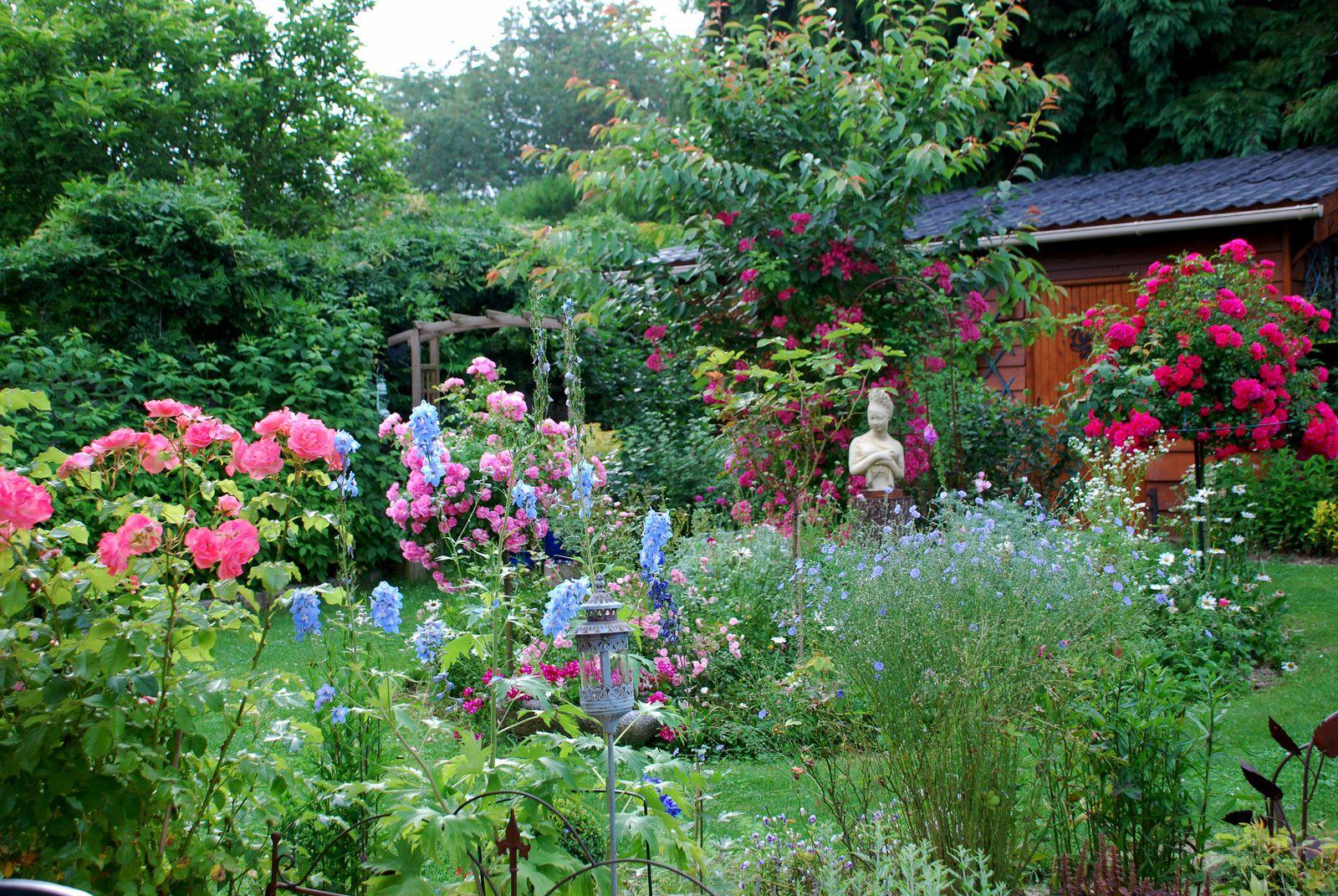 Le petit jardin de saint fiacre petit jardin de saint fiacre for Le petit jardin karaoke