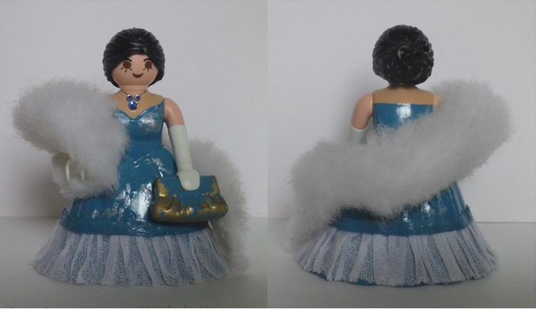 Ava Gardner (robe bleue) dans La comtesse aux pieds nus