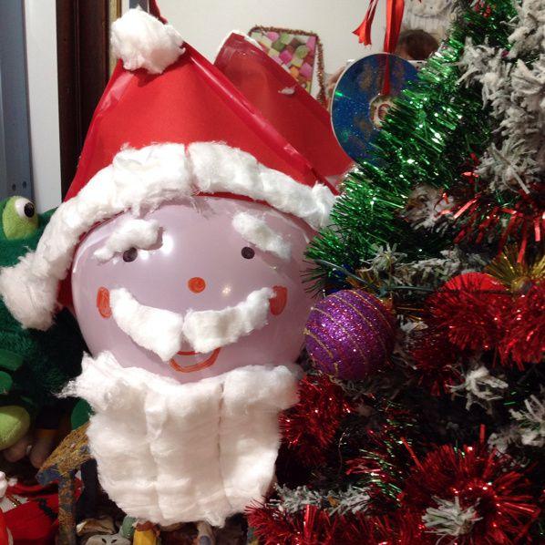 Père Noel en ballon de baudruche