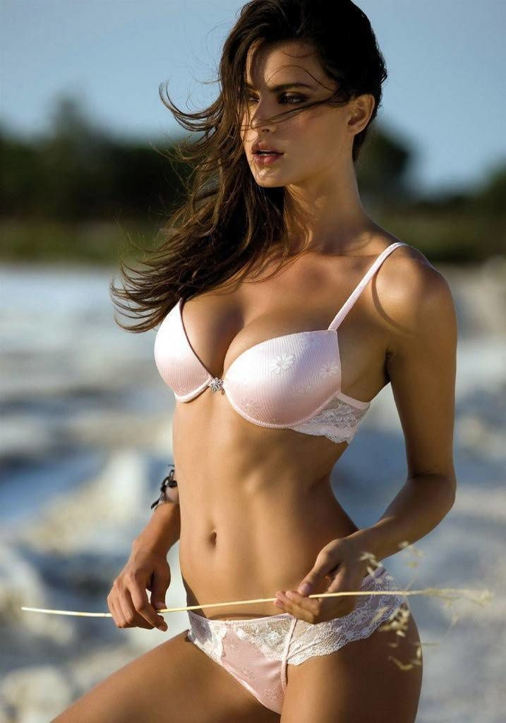 Femme - Brune - Sexy - Plage - Picture - Free