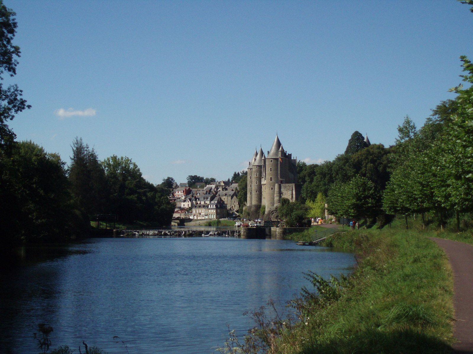 De rochefort à Vannes via le marais Poitevin et le canal de Nantes à Brest part 2