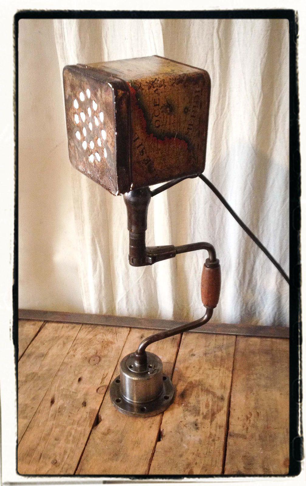 LES LAMPES &quot&#x3B;CHIGNOLE&quot&#x3B;