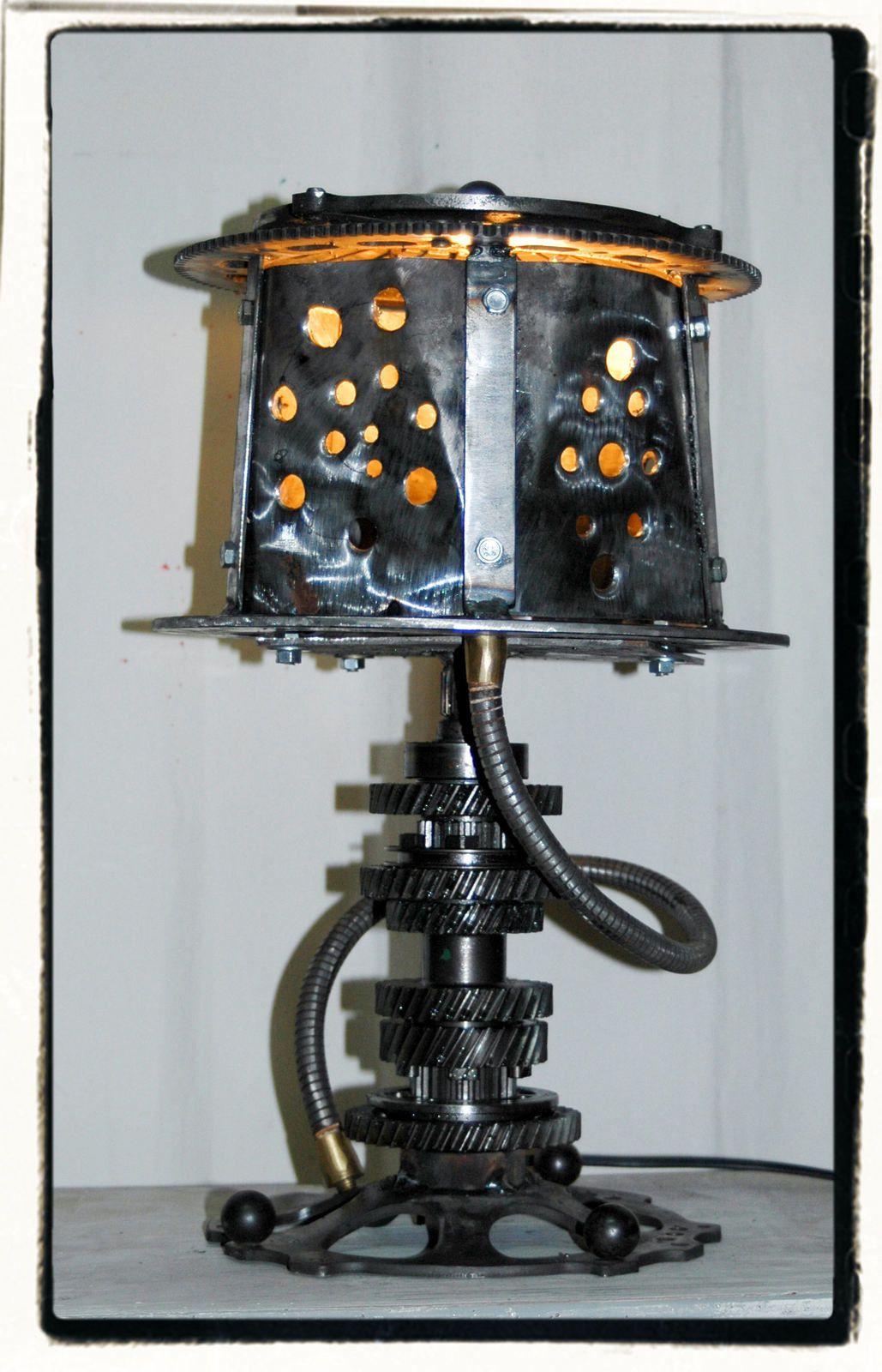 Lampe &quot&#x3B;L'ENGRENAGE&quot&#x3B;