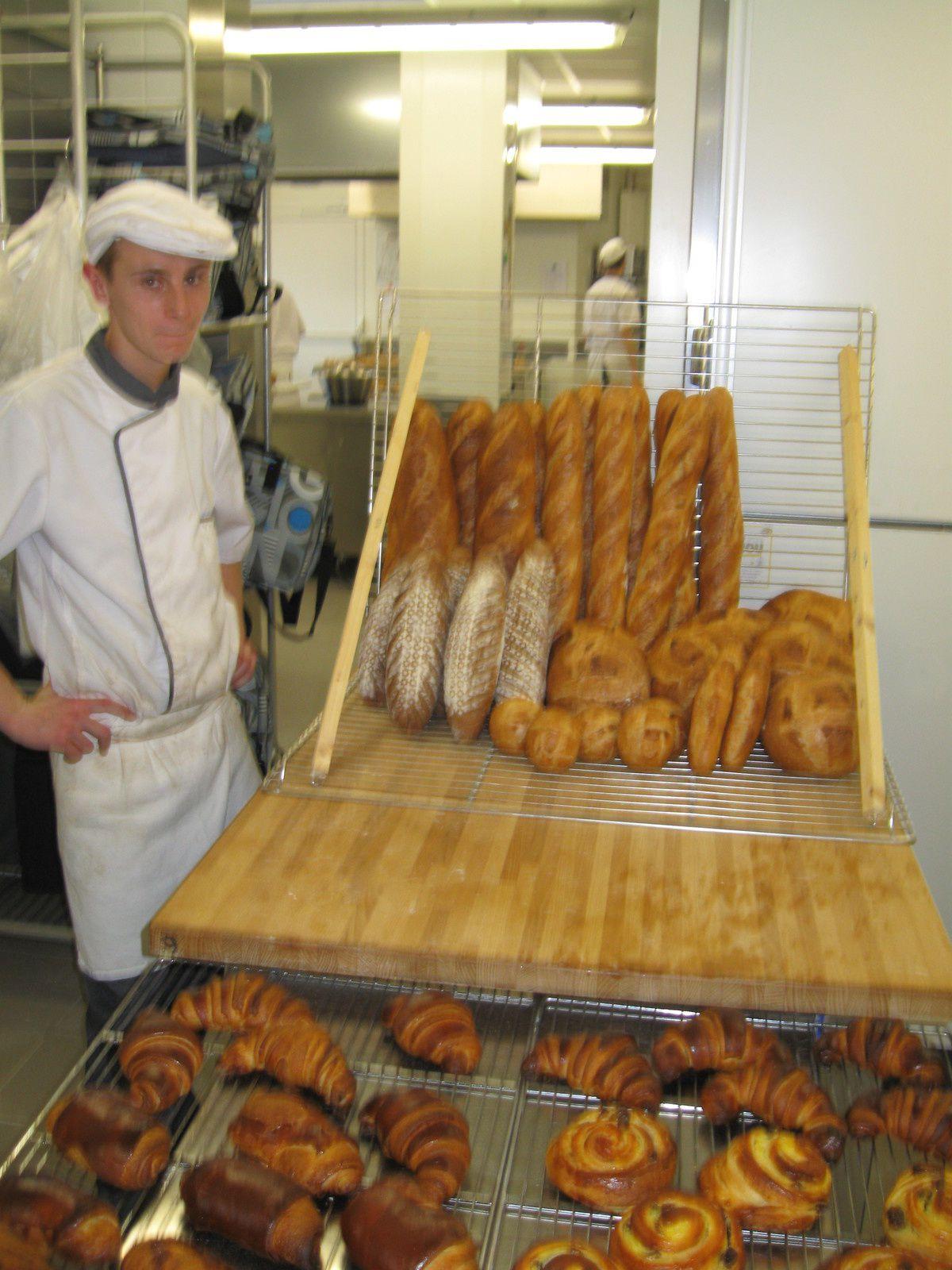 CAP boul 1 : Tradition, pains de seigle, croissants, pains chocolat et pains aux raisins... Déjà 6 mois depuis le début de la formation et beaucoup d'acquis!