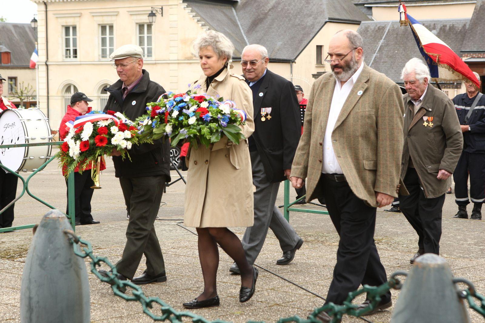 La Bazoche Gouet : cérémonie du 8 mai 1945