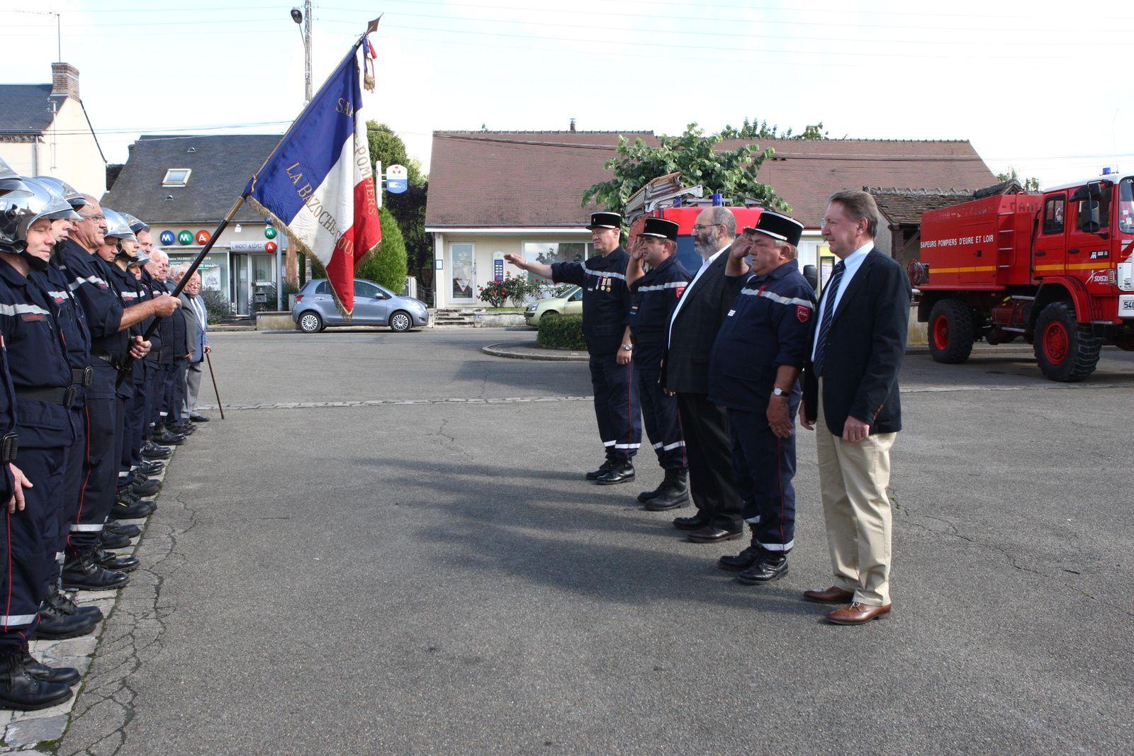 (Photo L Legrand) La revue des Sapeurs Pompiers