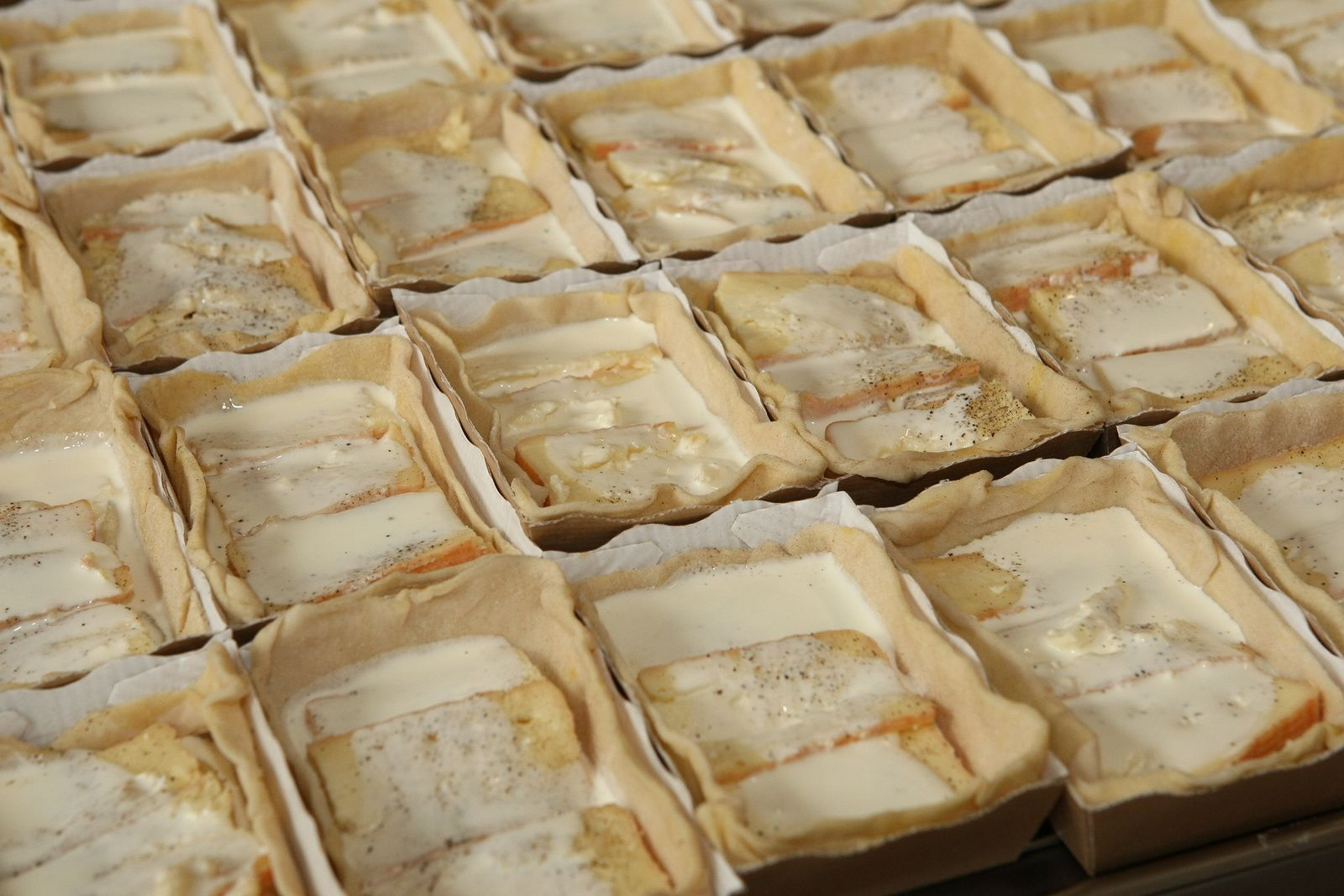 (photo L legrand) : Les belles tartes au Maroilles avant cuisson