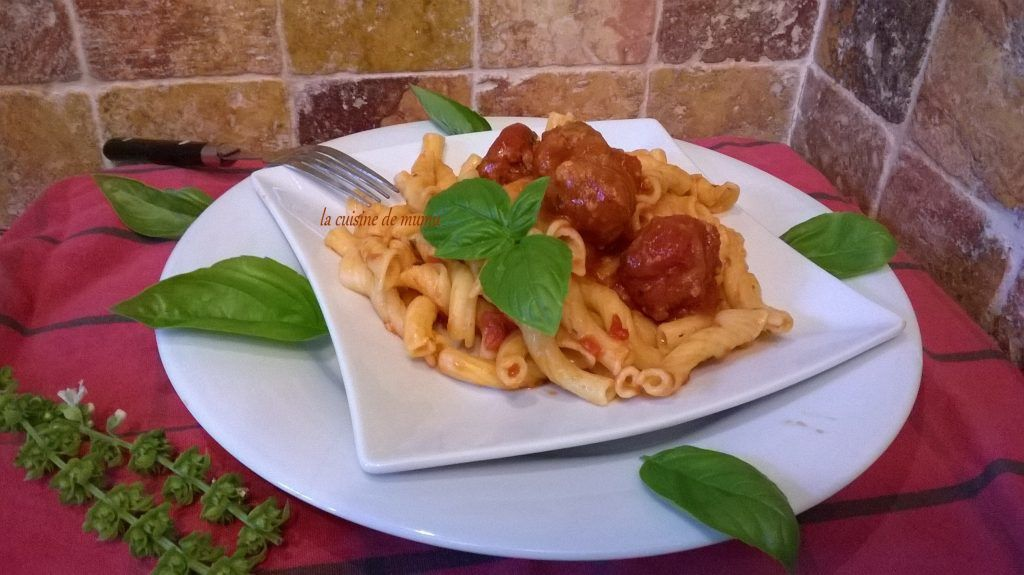 Boulette de viande sauce au basilic