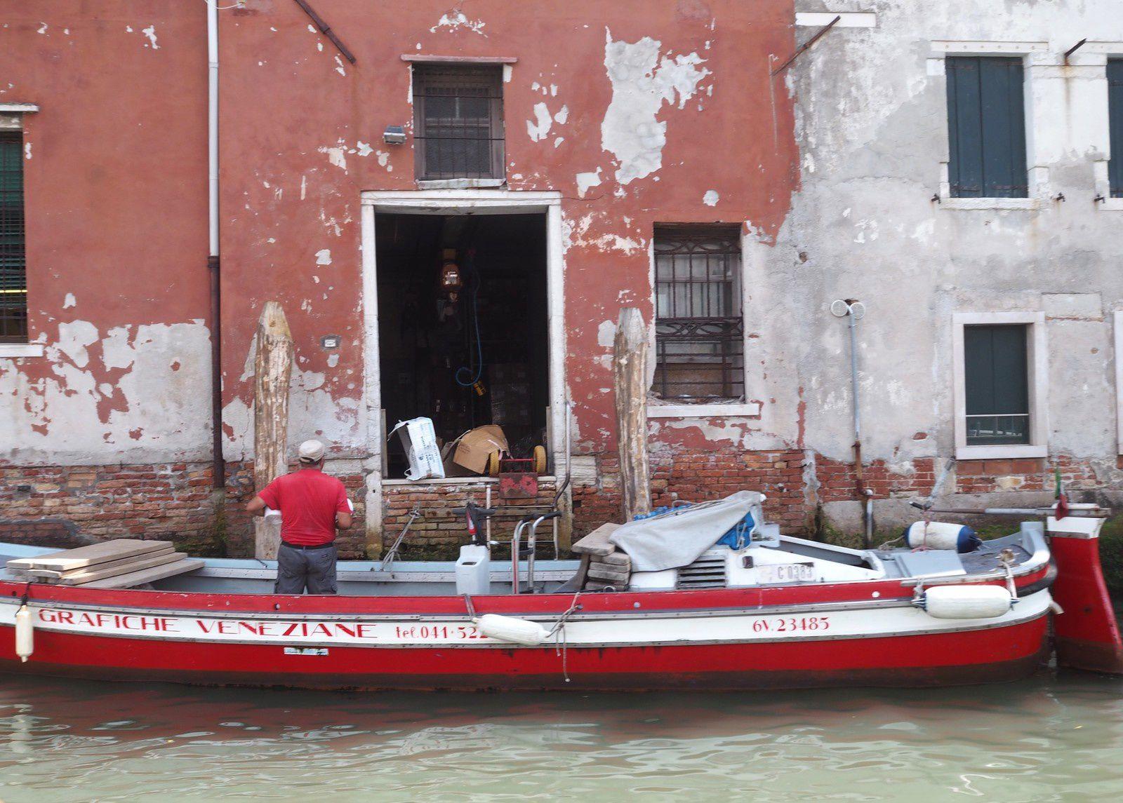 tout actif vénitien a deux métiers : l'un est marin