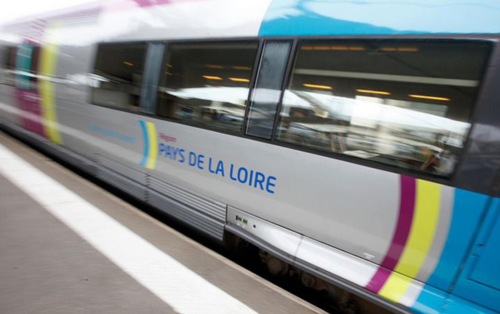 Ouverture à la concurrence des trains régionaux, c'est NON &#x3B; le service public, c'est OUI (communiqué de presse de l'ADECR 44)