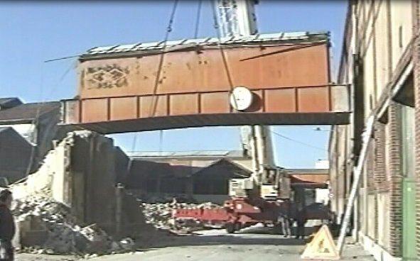 Les photos de la démolition de l'usine Case