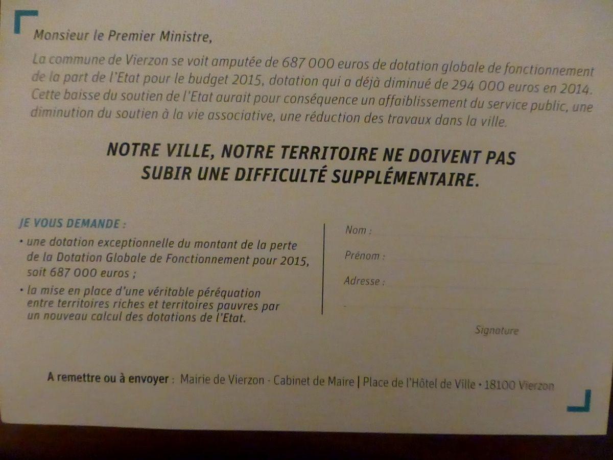 Les nombreux Vierzonnais pas si nombreux que ça qui ont pétitionné....