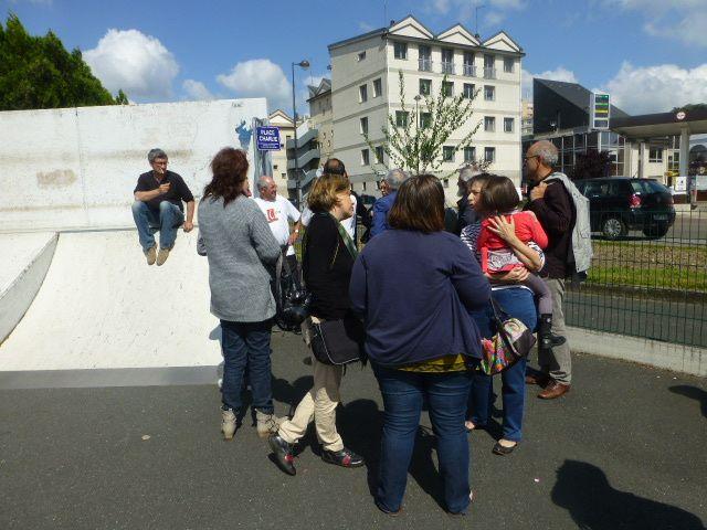 Les citoyens ont inauguré leur place Charlie à Vierzon