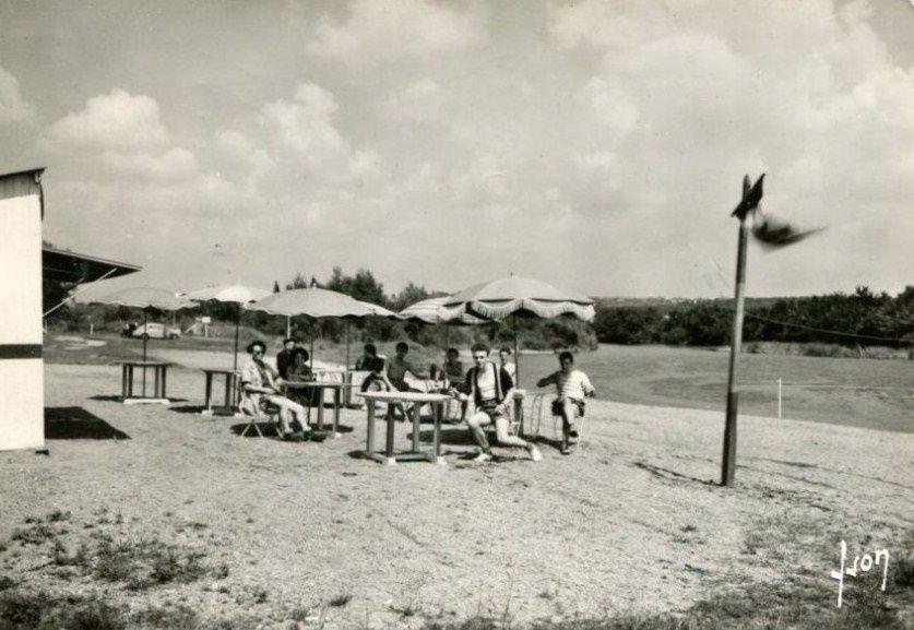 Après-scandale : la plage de Bellon rouverte après le départ du roi du pétrole vierzonnais