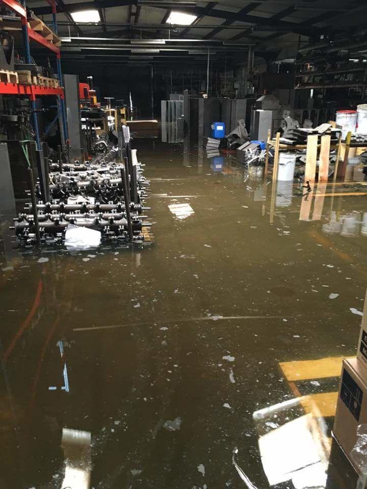 L'usine Carroy sous les eaux