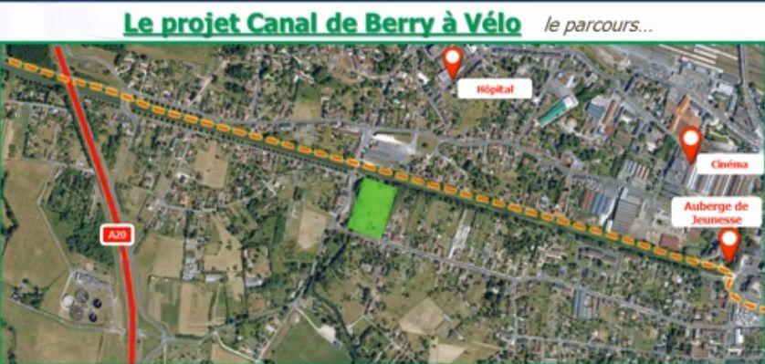 Voici le canal à vélo dans la traversée de Vierzon.