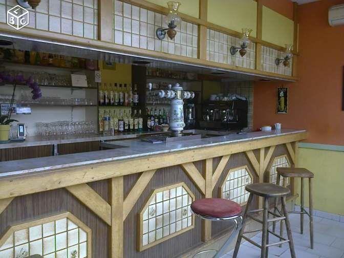 Sabrina Maréchal, la nouvelle patronne du café de la Douane du Briou