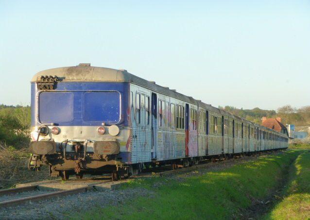 Le Vieux-Domaine devient un cimetière de trains