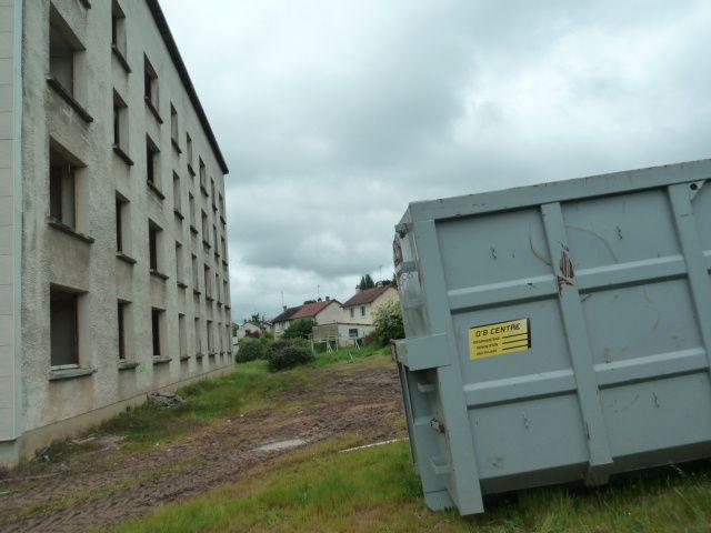 La démolition de la cité du Bourdoiseau en vidéos et en photos