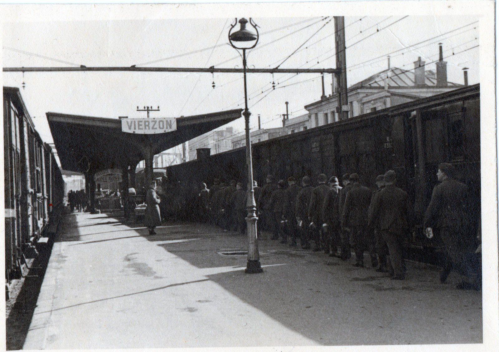 Les archives d'un Vierzonnais montrent des photos inédites pendant la seconde guerre mondiale