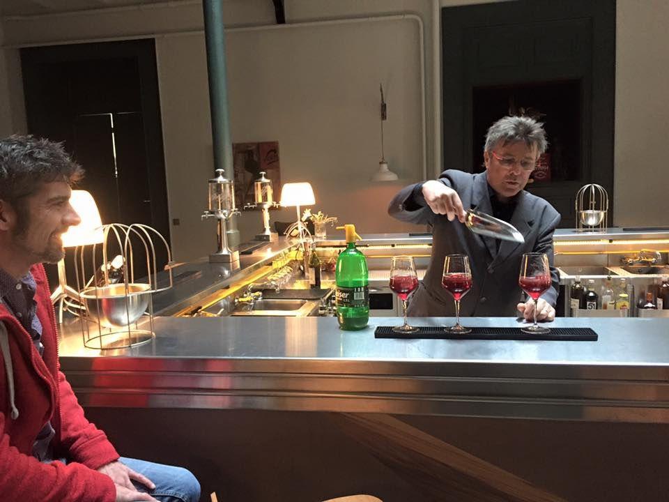 Dégustation du cocktail avec Jean Pallares, ambassadeur de la marque Byrrh