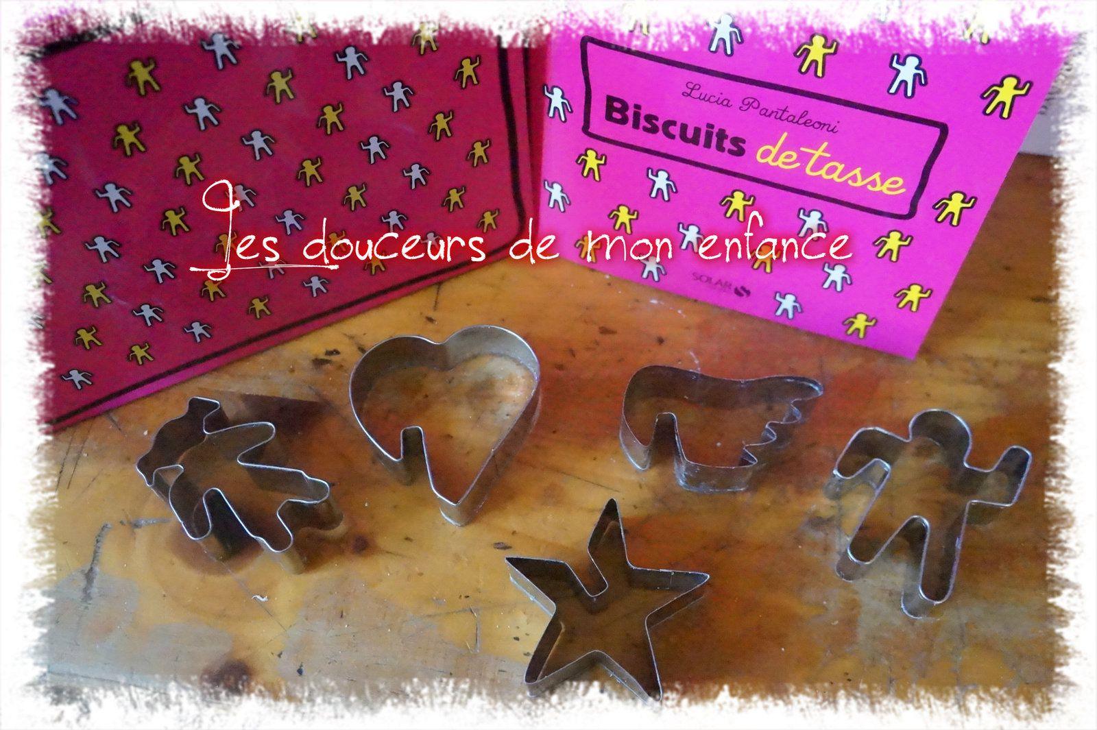 Beignets donuts de tasse