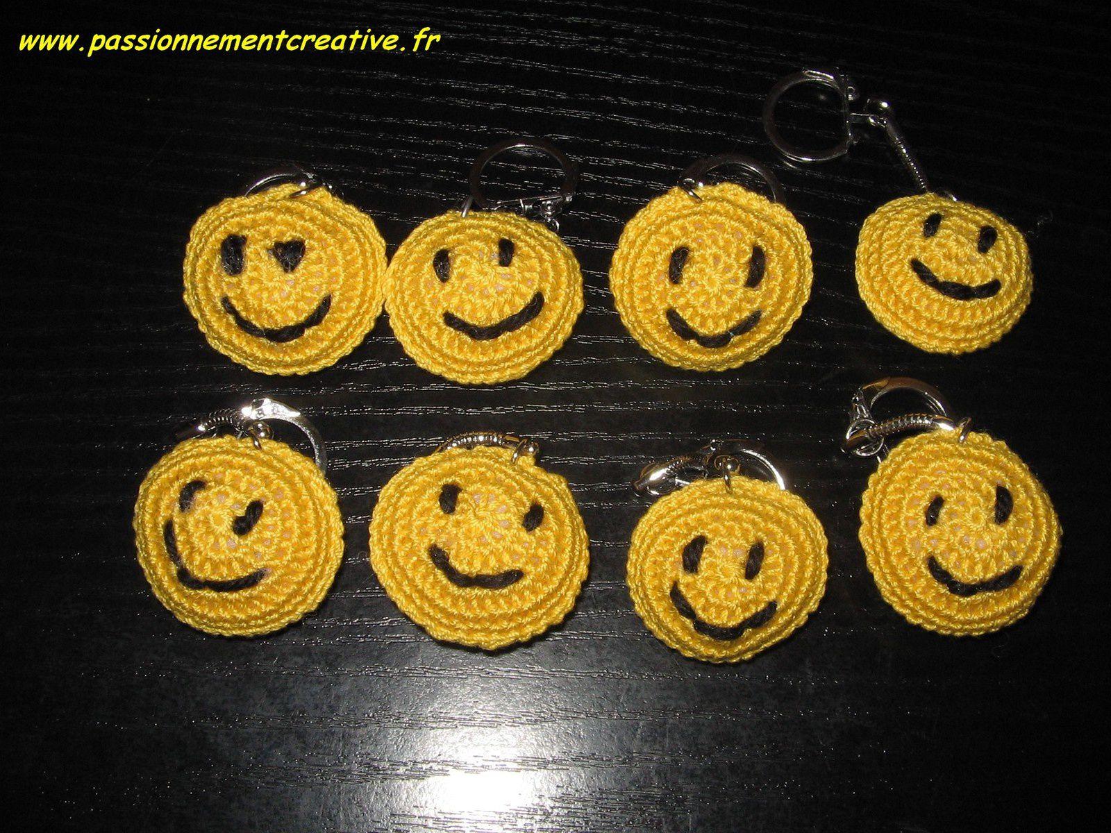 Smiley jaune en porte-clés