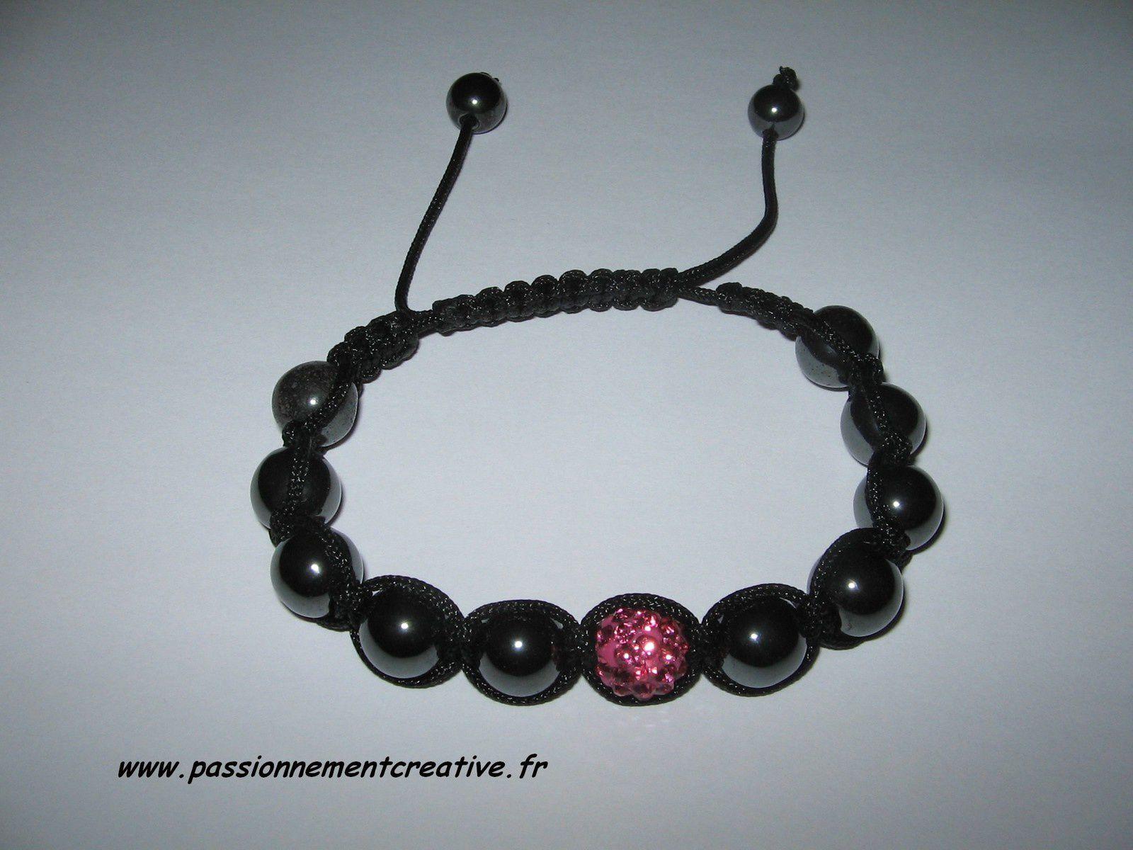 Bracelet Shamballa noir et rose