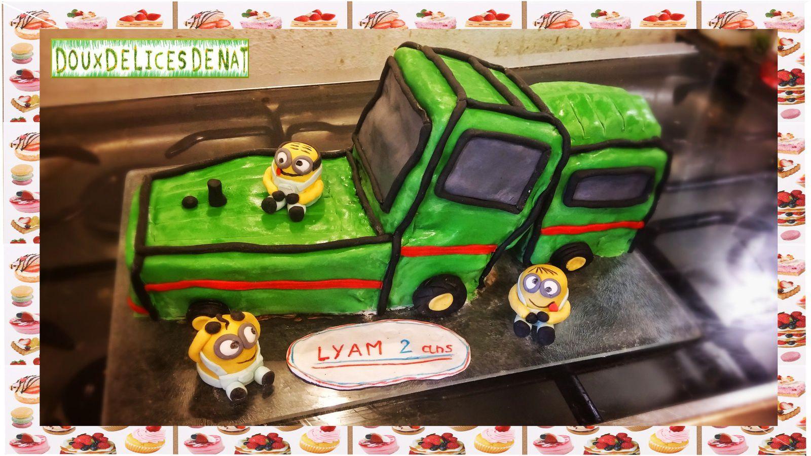 G teau tracteur et minions doux d lices de nat - Tracteur rigolo ...
