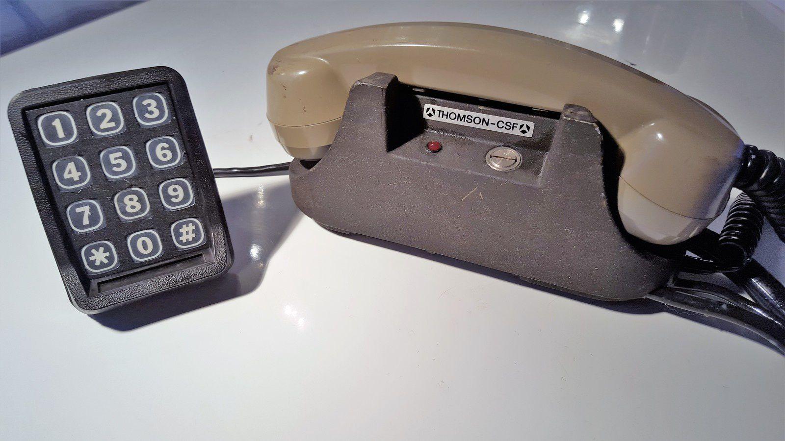 joyeux anniversaire au t l phone portable mobile 1956 2016 retour sur un demi siecle d. Black Bedroom Furniture Sets. Home Design Ideas