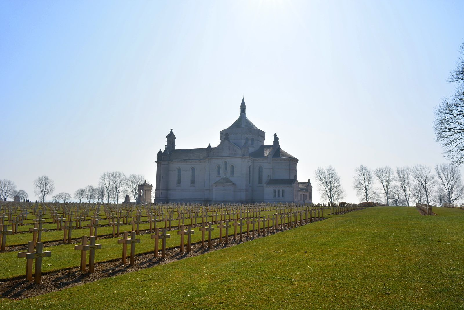 Nécropole nationale de Notre-Dame-de-Lorette à Ablain-Saint-Nazaire - Photo MG : 17 MARS 2015.
