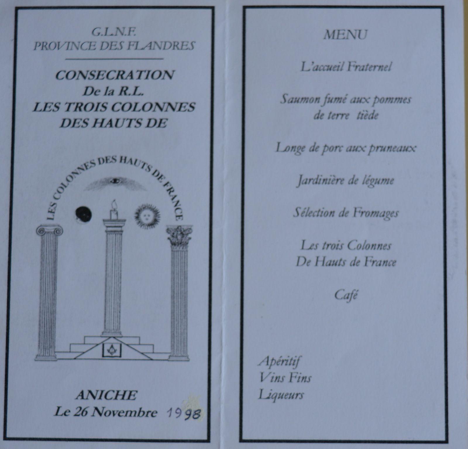 Intérieur de la carte du menu de la consécration de la  «R. L. Les Trois Colonnes des Hauts de France» le 26 novembre 1998.