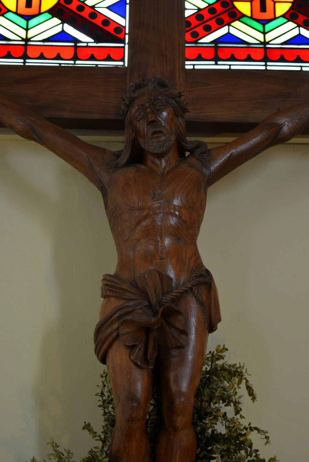 Sculpture du Christ se trouvant dans le choeur de l'église - Photo : MG, 8 octobre 2015.