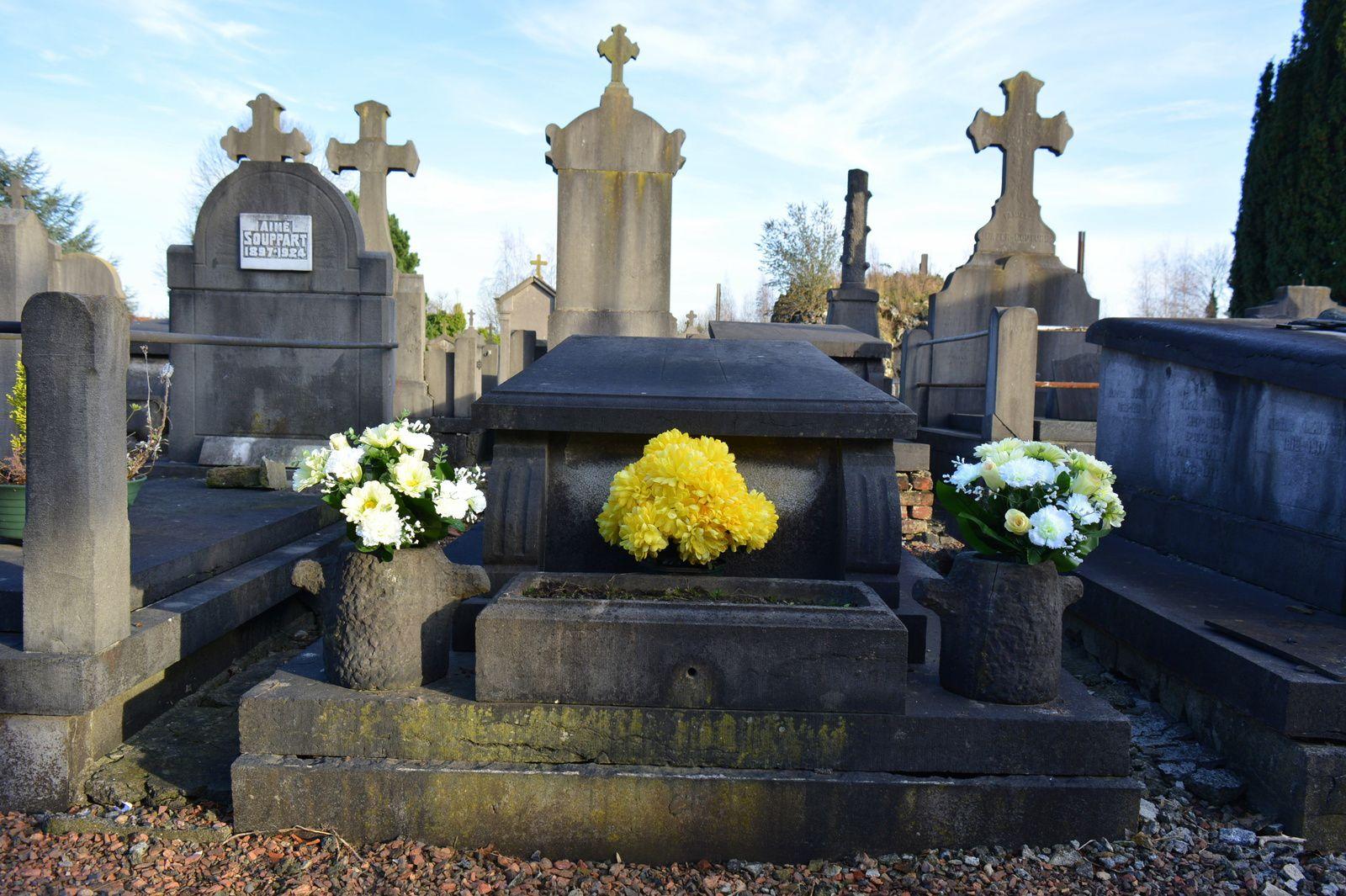 Caveau de Léon Patin et d'Alphonsine Thomassin, cimetière du centre, Aniche - Photos : 28 décembre 2015.