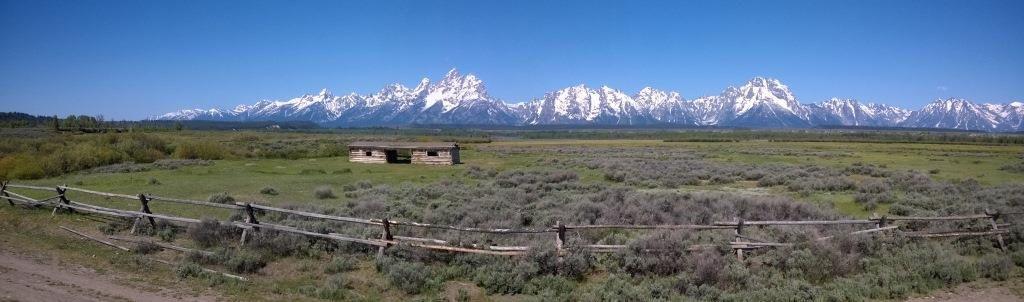 La Cunningham Cabin avec Teton Range en fond