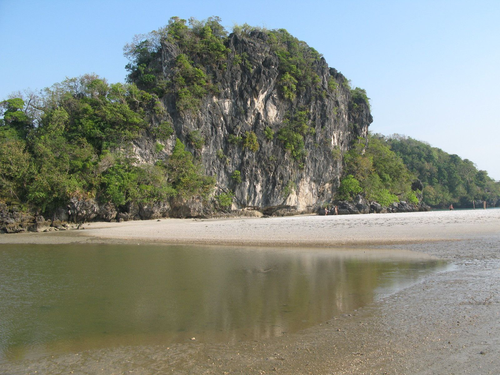 Plage d'Ao Nang et ses coquillages
