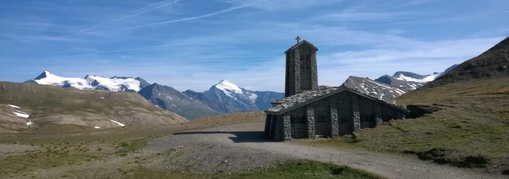 Le Col de l'Iseran et la Chapelle Notre-Dame-de-Toute-Prudence