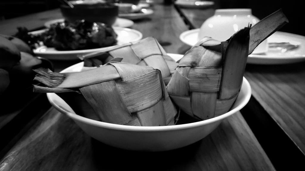 Repas traditionnel après le kayak