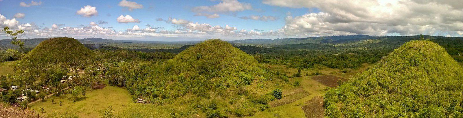 Panorama depuis le sommet de notre Chocolate Hill