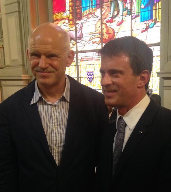 Pour Valls la Grèce c'est Papandreou et à Barcelone c'est le foot contre Ada Colau.