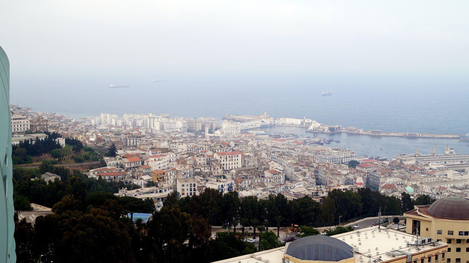 Intemporel comme l'a peint Albert Marquet: le port d'Alger tel que le découvrais en mqi 2014