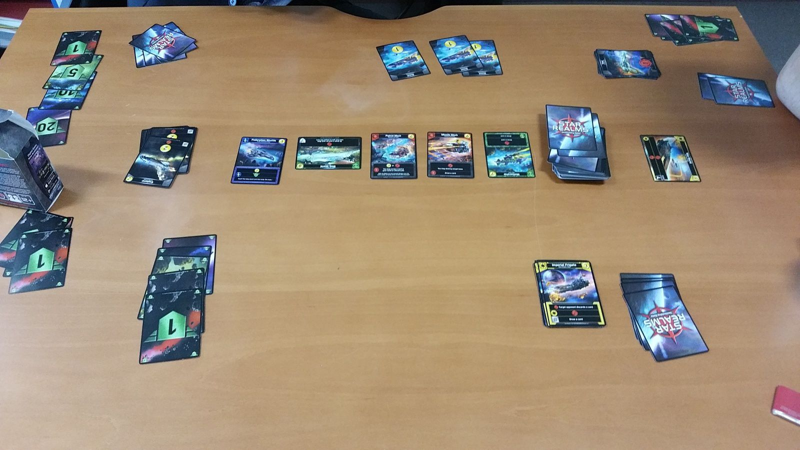 Exemple d'une partie de Star Realms